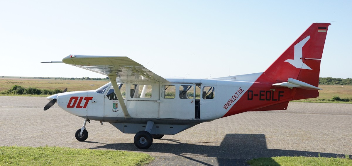 Flugzeug OLT Borkum Flugplatz